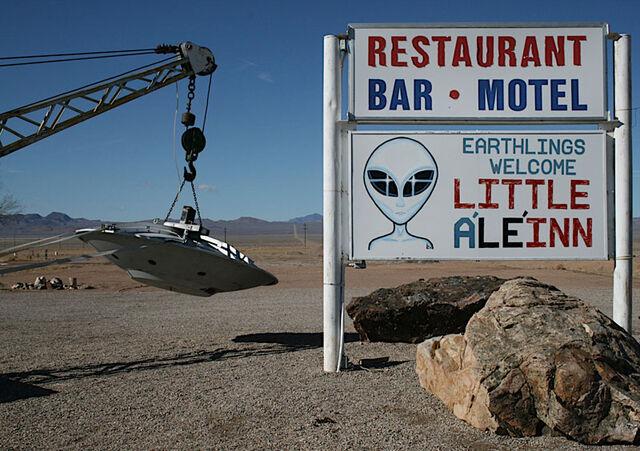 File:Alien-inn.jpg