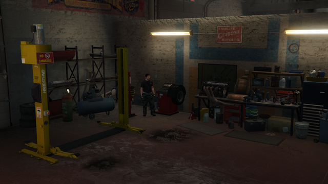 File:VehicleWarehouse-GTAO-ModShop.png