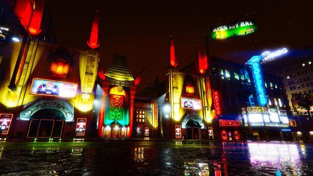 File:Oriental-Theater-GTAVpc-by-night.jpg