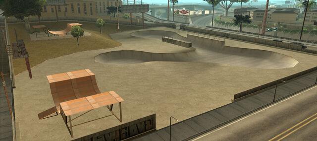 File:Skate Park w Glen Park (SA).jpg