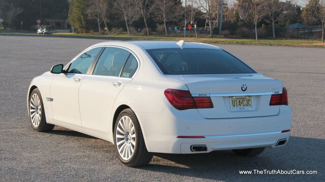 File:2013-BMW-750Li-004.jpg