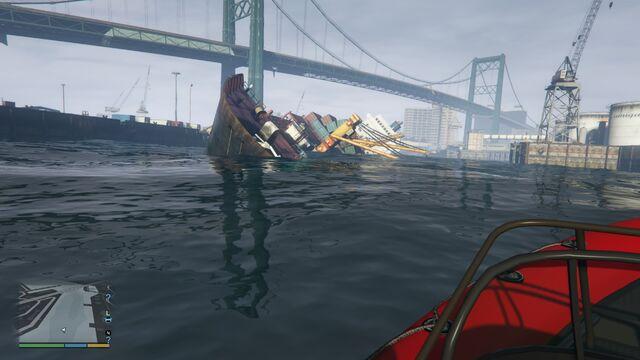 File:Wrecks GTAve SSBulker Bow.jpg