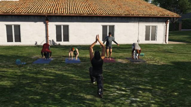 File:Parsons-yoga.jpg