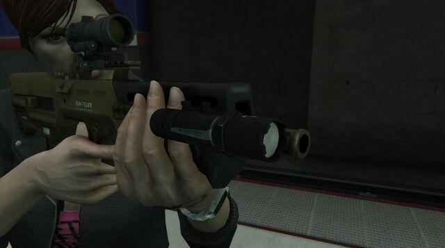 File:GTA 5 Flashlight on the Advanced Rifle.jpg