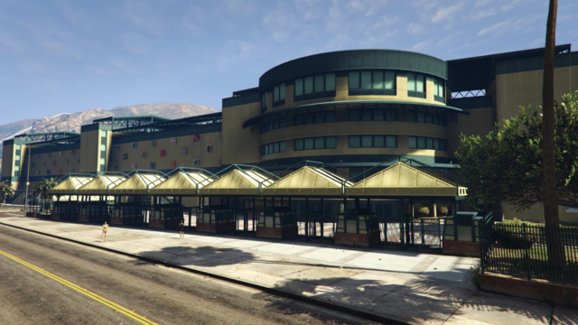 File:VinewoodRaceTrack-GTAV.png