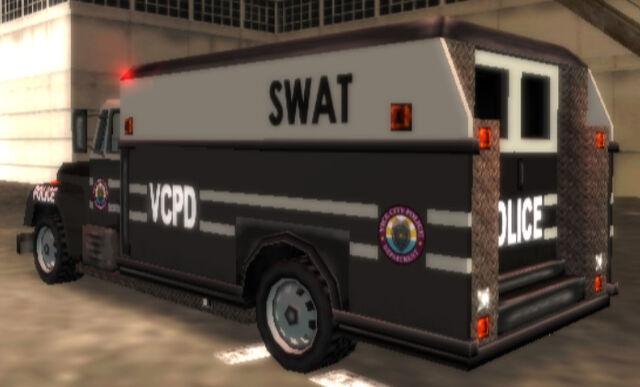 File:VCPDEnforcer-GTAVCS-rear.jpg