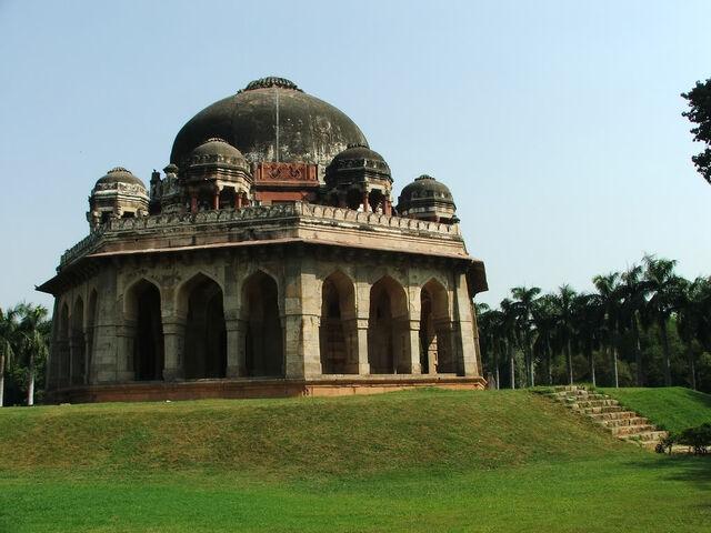 File:Tomb.m.shah-lodhi-delhi.jpg