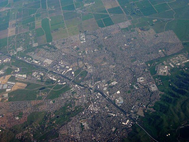 File:Peak View aerial view from air.jpg