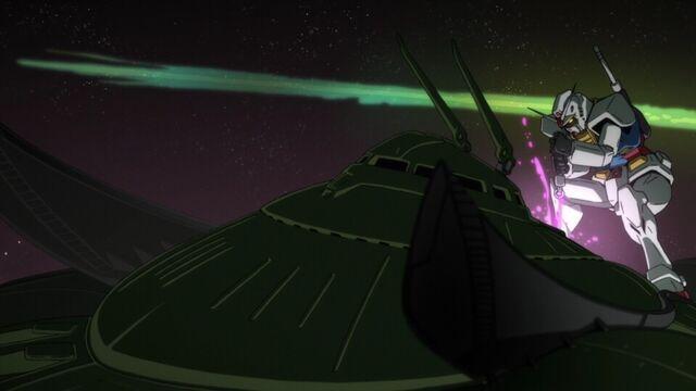 File:MSGUC-Gundam vs Big Zam.jpg