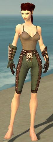 File:Ranger Krytan Armor F gray arms legs front.jpg