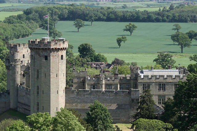 File:User Warwick Castle.jpg
