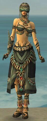 File:Ritualist Elite Luxon Armor F gray front.jpg