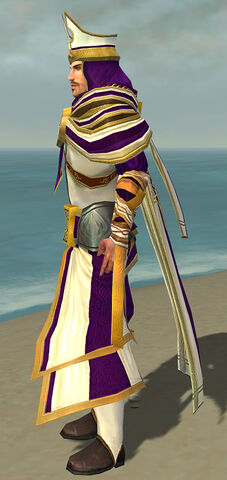 File:White Mantle Disguise M dyed side alternate.jpg