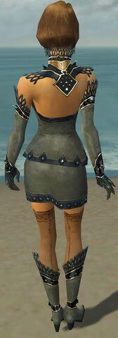 File:Mesmer Obsidian Armor F gray back.jpg