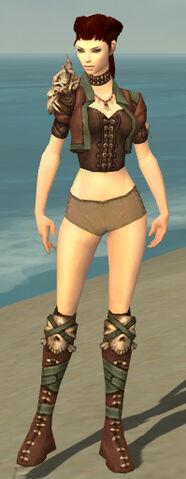 File:Ranger Krytan Armor F gray chest feet front.jpg