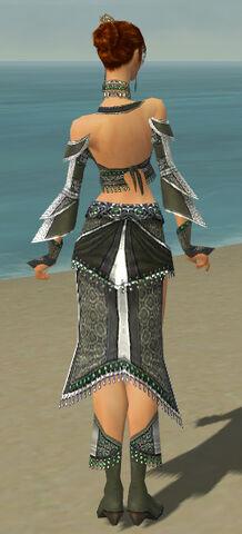 File:Elementalist Elite Luxon Armor F gray back.jpg