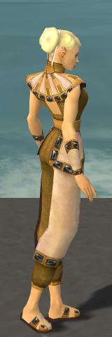 File:Monk Obsidian Armor F dyed side.jpg