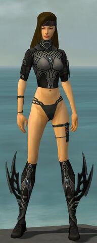 File:Assassin Vabbian Armor F gray chest feet front.jpg