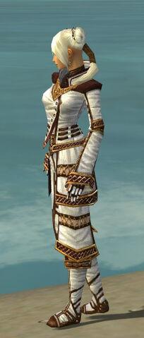File:Monk Elite Kurzick Armor F dyed side.jpg
