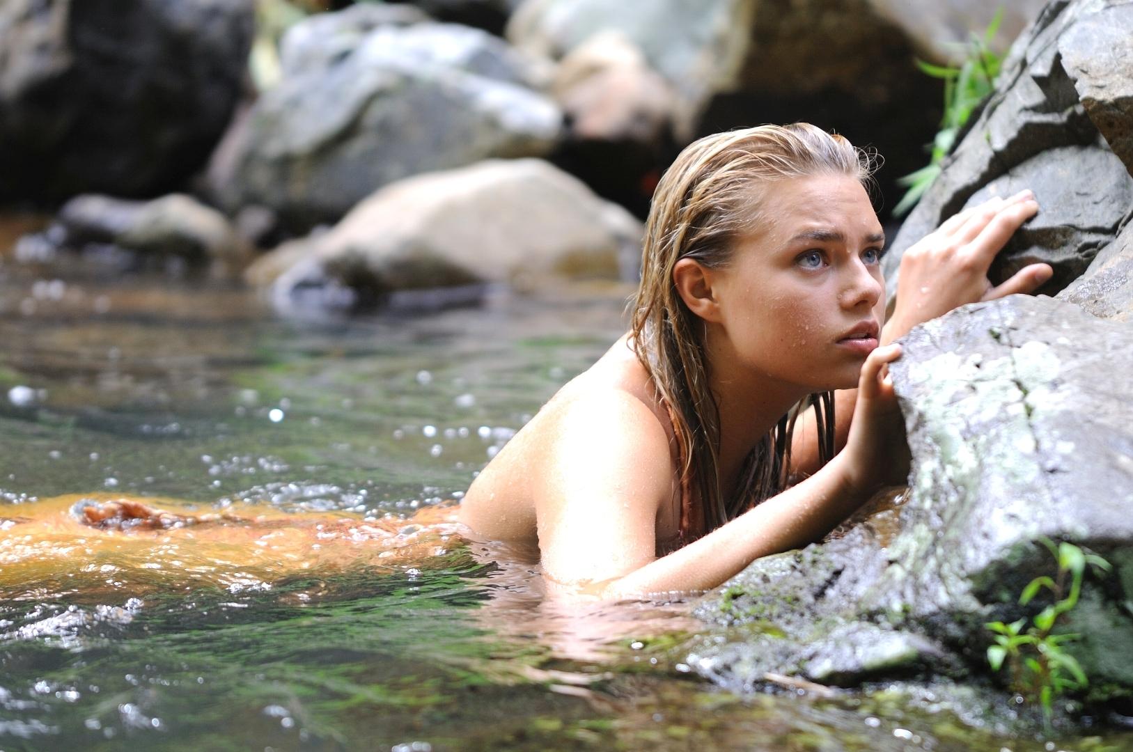 File:Bella H as a mermaid.jpg