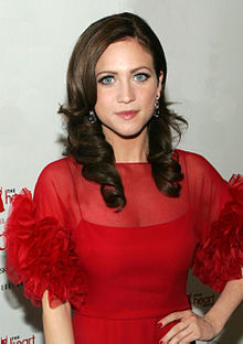 File:220px-Brittany Snow.jpg