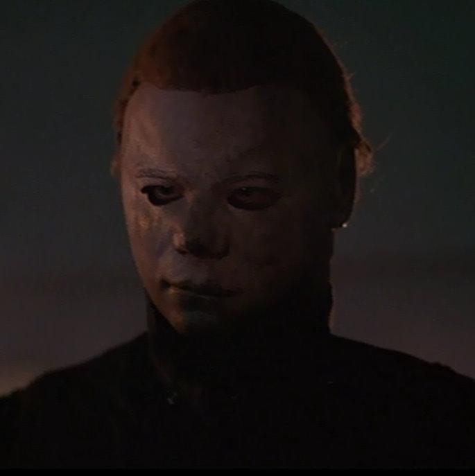 halloween 2 bath scenejpg - Halloween 2 Wikipedia
