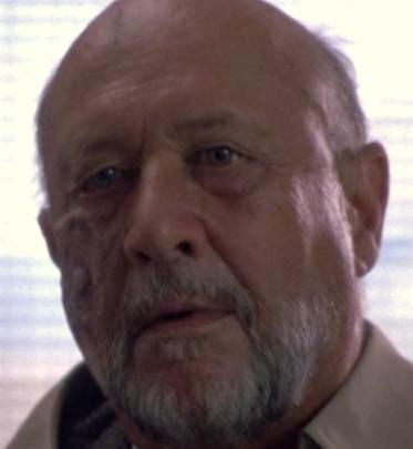 File:Sam Loomis (4-6).jpg