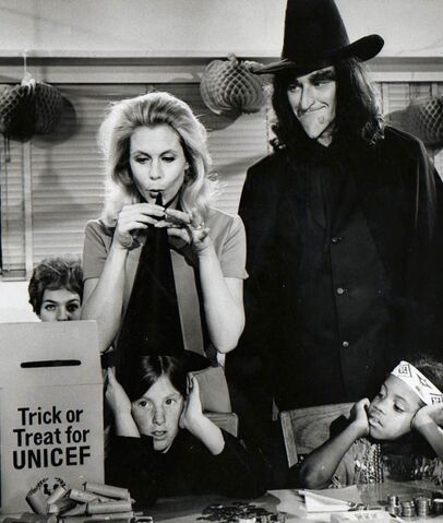 File:Trick or Treat (Bewitched).jpg
