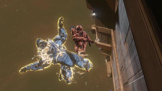 File:USER MasterChiefDragonWarrior Halo 4-Spartan IV Midair Assassination.jpg