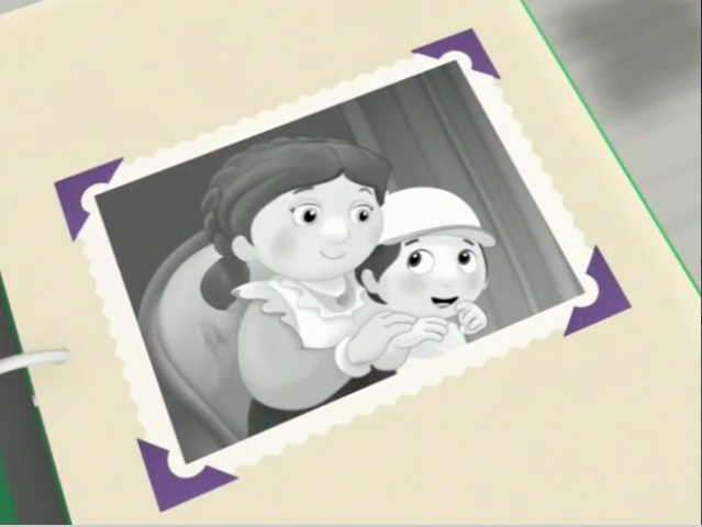File:YoungManny&Mother.png