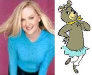 Carolyn Lawrence Cindy Bear