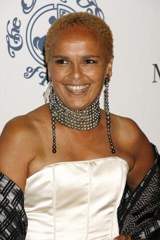 File:Shari+Belafonte+30th+Anniversary+Carousel+Ji ZB8T tzml.jpg