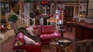 Stewart ranch home hannah montana wiki fandom powered for Channel 4 living room ideas