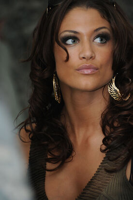 Eve Torres 081204-A-4676S-073