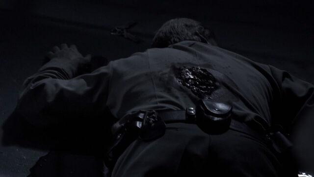 File:1x08 - Garrett's Death.jpg
