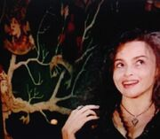 Helena Bonham Carter and the tree.jpg