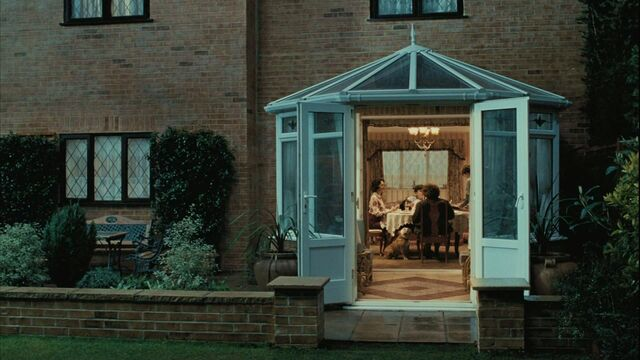 File:4 Privet Drive back 1.jpg