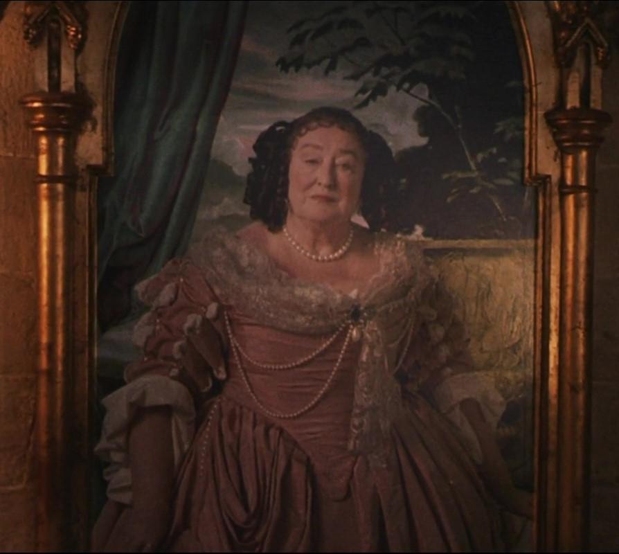 File:Fat lady.JPG