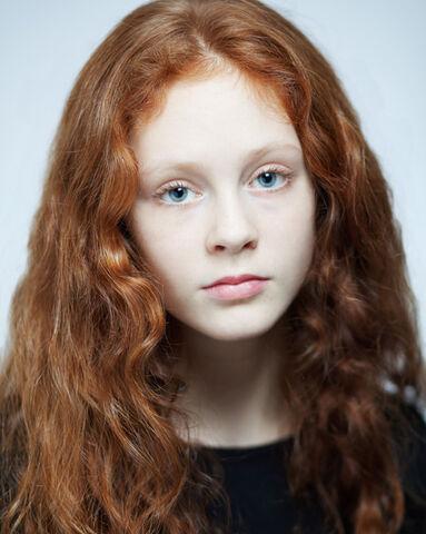 File:Helena Barlow by Ross Ferguson c. 2012.jpg