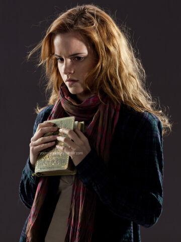 File:Hermione beedle 2.jpg