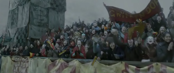 File:Crowd for gryfindor.png