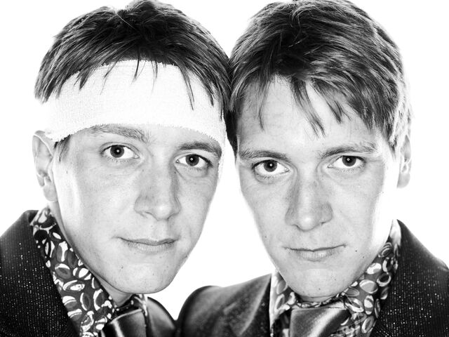 File:Fred and George Weasley Deathly Hallows promotional image.jpg