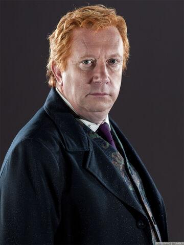 Dosya:Arthur-weasley.jpg