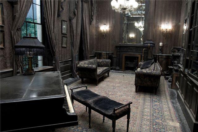 File:Living room1.jpg