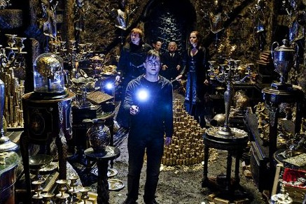 File:Harry Potter Bella Vault HP7 Pt2.jpg