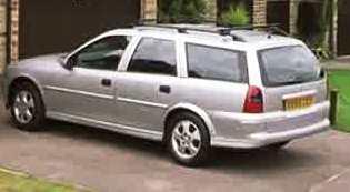 File:Dursley car 2.jpg