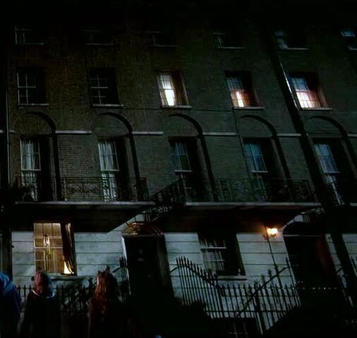 File:13 Grimmauld Place 1.jpg