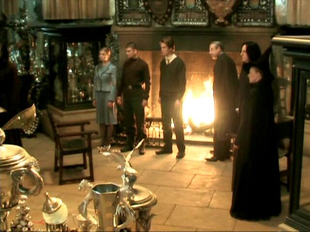 File:Triwizard champions, Barty Crouch Sr, Snape and McGonagall at the Trophy Room.JPG