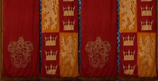 File:Gryffindor Banners and Logo.JPG