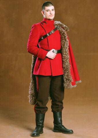 File:Viktor Krum Dress Robes PM.jpg